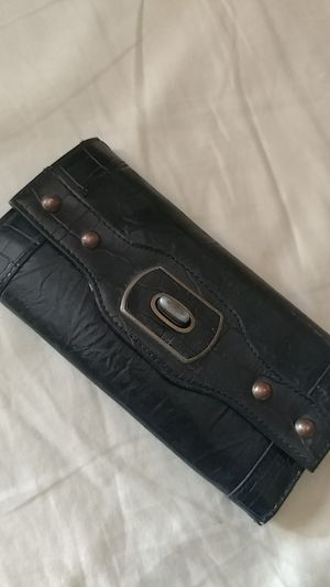 Faux leather women's wallet for Sale in Jamul, CA