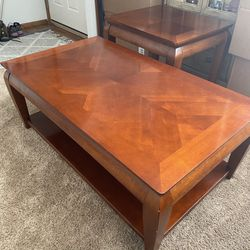 3 Peice Hardwood Coffee Table Set for Sale in Wenatchee,  WA