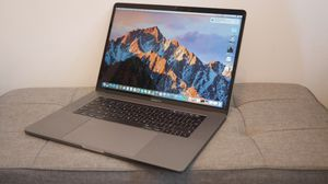 MacBook Pro 15 inch With TOUCH BAR! for Sale in Los Angeles, CA