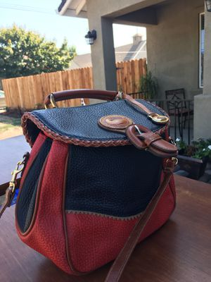 """Absolutely authentic """"Dooney & Burke beautiful excellent condition. for Sale in Turlock, CA"""