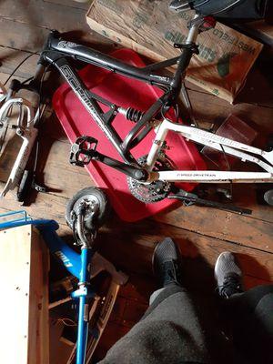 Schwinn 26-inch bike frame for Sale in New Britain, CT