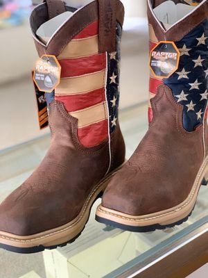 Work boots / bota de trabajo for Sale in Austin, TX
