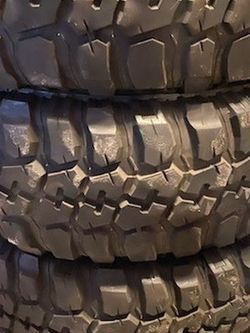 tires are in good condition for Sale in Selma,  CA