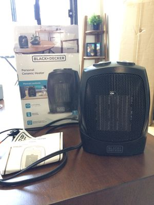 Space heater with adjustable thermostat for Sale in Los Angeles, CA