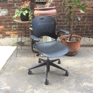 Herman Miller Caper Chair - excellent condition for Sale in Cleveland, OH