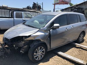 2012 Mazda 5 ((parts only)) for Sale in Modesto, CA
