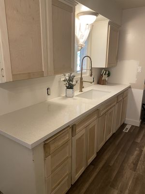 I NEED A PAINTER ?? for Sale in Fresno, CA