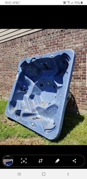 Hot tub for Sale in Pinehurst, TX
