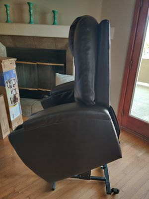 Power lift recliner for Sale in Boulder City, NV