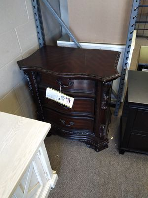 Dresser set (2) Furniture for Sale in Fresno, CA