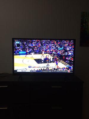 Vizio 28 inch HD TV for Sale in West Palm Beach, FL