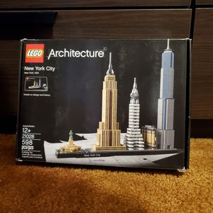 Lego Architecture Set 21028 New York City for Sale in Los Angeles, CA