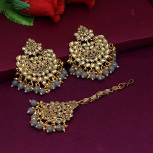 Earring And Tikka Set for Sale in Fresno, CA