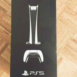 Brand New Sealed PS 5 for Sale in Anaheim, CA
