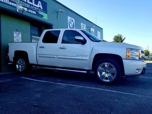 2011 CHEVY SILVERADO 1500 for Sale in Hialeah, FL