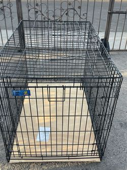Dog Cage 42.75L 28.5W 30.5H for Sale in Phoenix,  AZ