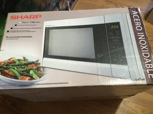 New sharp microwave . for Sale in Toppenish, WA