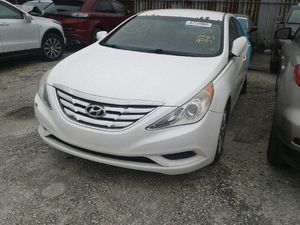 2011 - 2013 Hyundai Sonata sell for parts for Sale in Gibsonton, FL