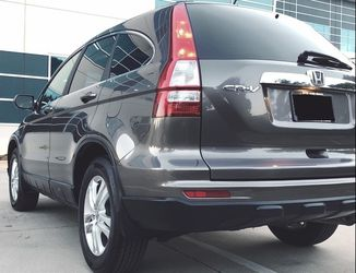 HONDA 2010 CRV cleaned and well maintained for Sale in Las Vegas,  NV