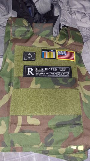 Icon vest for Sale in Riverview, FL