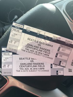 Seattle Seahawks vs Oakland Raiders for Sale in Tacoma, WA