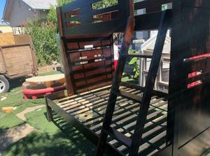 Nice wooden bunk bed for Sale in Fresno, CA