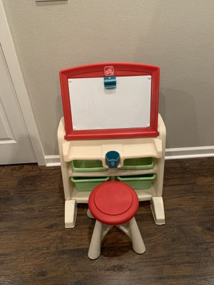 Step2 children's desk with chair for Sale in Snohomish, WA