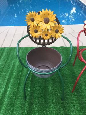 Bistro Chair Plant STAND Flower Pot Holder for Sale in Lawrenceville, GA