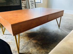 Mid century modern coffee table for Sale in New Port Richey, FL