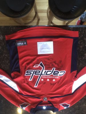 2018 authentic Washington capitals jersey. Entire 2018 championship jersey signed by the whole team for Sale in Fairfax, VA