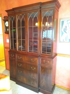 Antique Mahogany China Cabinet for Sale in Portland, OR