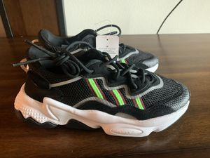 Adidas Ozweego j for Sale in Imperial, CA