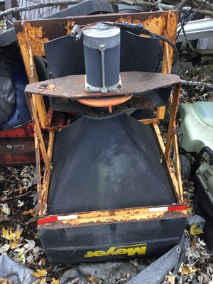 """Meyer #36006 salt spreader. Doesn't have control module. 2"""" hitch. for Sale in Glendale, OH"""