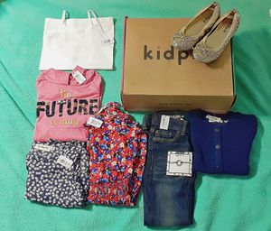 Little girls size 5/6 clothing lot *brand new* for Sale in Wichita, KS