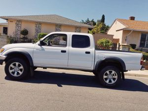 TOYOTA TACOMA 2003 intermittent wipers for Sale in Detroit, MI