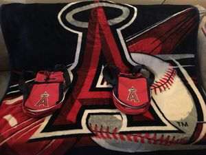 MLB Angels Plush Throw Blanket for Sale in Tustin, CA