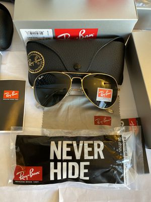 RAY BAN SUNGLASSES AVIATION AVIATOR / GOLD FRAME & BLACK LENS for Sale in Staten Island, NY