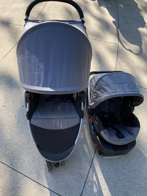 Britax B-Safe Travel System (stroller, car seat and base) for Sale in North Olmsted, OH