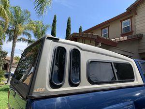 leer crown camper shell for Sale in North Highlands, CA