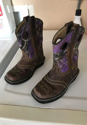 Toddler girl boots 8.5 for Sale in Phoenix, AZ