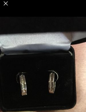 White gold and diamond earrings for Sale in Lake Wales, FL