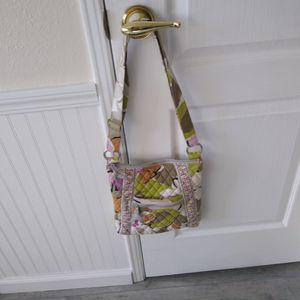 Vera Bradley Flowered Handbag for Sale in Stuart, FL