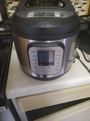 6 qt instant pot for Sale in La Vergne, TN