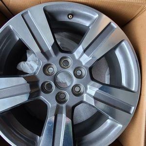 BRANDNEW 6 Lug 6x120mm for Sale in Newburgh Heights, OH