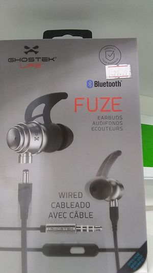 Bluetooth wireless headphones for Sale in Durham, NC