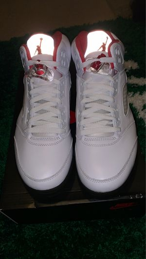 Jordan 5 retro DS 8 for Sale in St. Louis, MO