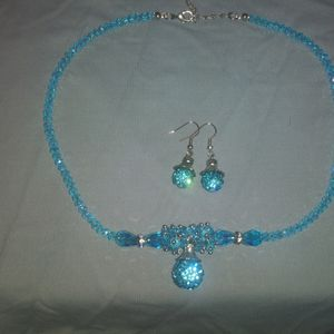 Beautiful Aqua Blue Set for Sale in West Columbia, SC