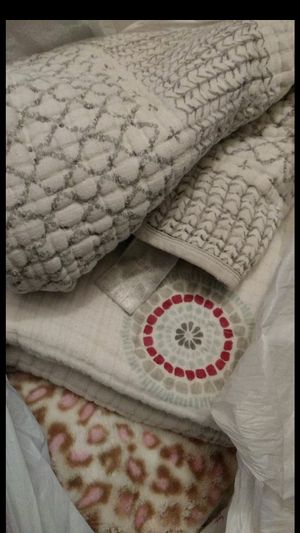 Free Baby blankets for Sale in Phillips Ranch, CA