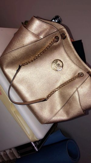 Michael Kors Bag for Sale in Grand Island, NY
