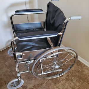 Wheelchair for Sale in Spring, TX